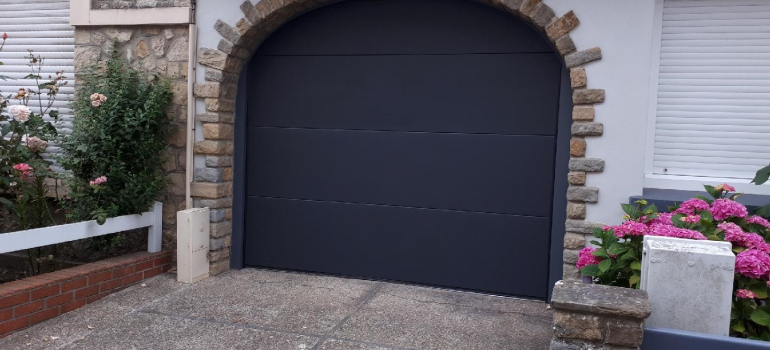 Porte de garage motorisé SOMFY secteur Boulogne Sur Mer/Wimereux/Ambleteuse