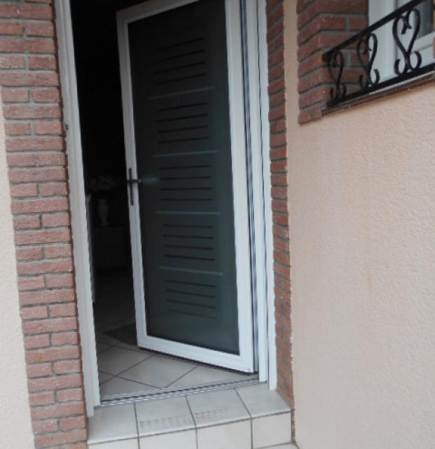 porte entrée vitrée K-LINE isolante