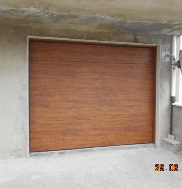 porte de garage sectionnelle ton chêne