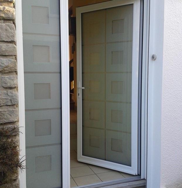 porte entrée aluminium vitrée