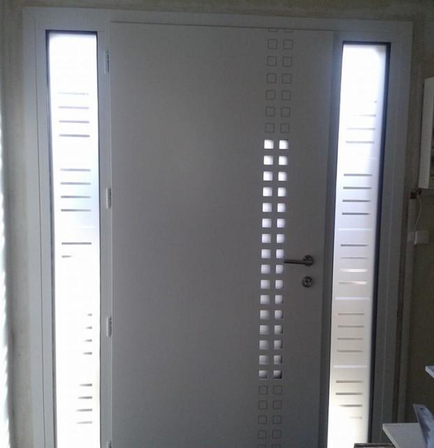 porte entrée aluminium vue intérieure