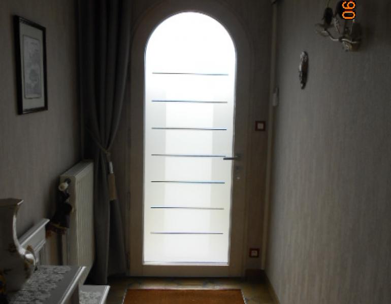Pose porte d entr e cintr e vitree fermetures louasse - Pose porte entree ...
